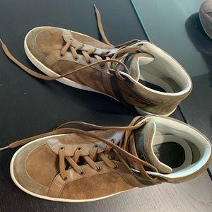 Louis Vuitton Men Walking Sneakers